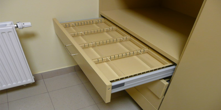 drawers-with-organizer