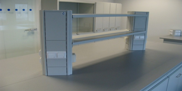 steel-columns-with-shelves